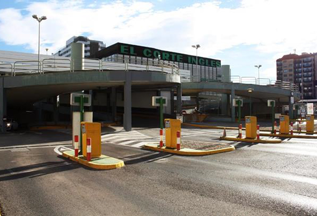 investment sales of Valencia car park